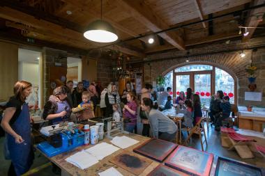 Centrum textilního tisku opět otevřelo své brány návštěvníkům